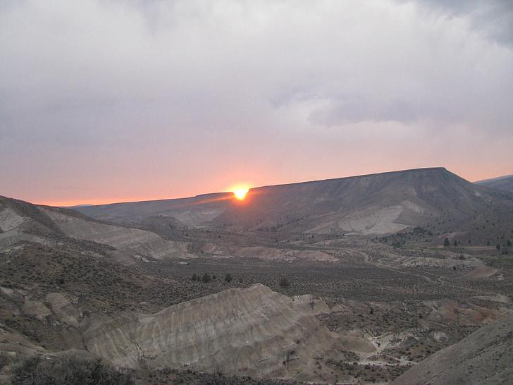 Teufel beißen, Sonnenuntergang, John day, Fossil Betten, nationales Denkmal, Mascall übersehen, John Day Fossil Betten