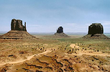 monument valley, sandstone, buttes, arizona, desert, landscape, america