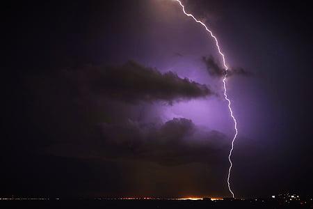 Žaibas, streikas, Debesuota su pragiedruliais, tamsus, dangus, naktį, debesys