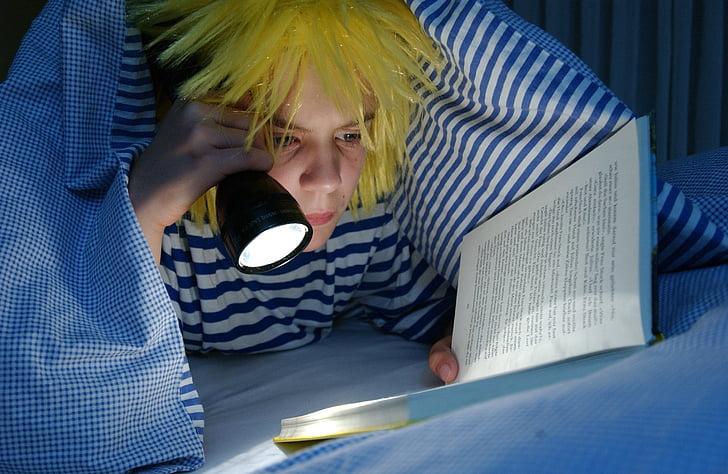 at night, read, flashlight, under the duvet, fairytale, atmospheric, romantic