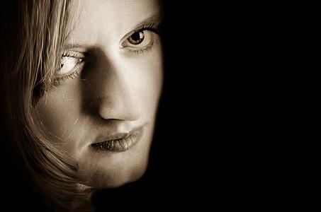 dona, cara, ulls, sensació, ombra, fosc, pell