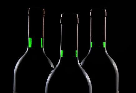 kolm, Amber, klaas, pudelid, veini, veini pudelid, tume