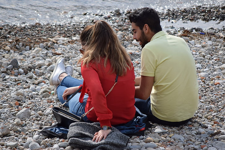 beach, couple, in love, lecco, lake, lombardy, water