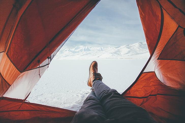 Càmping, peus, a l'exterior, sabates, neu, tenda, l'hivern