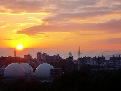 japan, osaka, sunset, at dusk, cloudy sky, nightfall, sun left