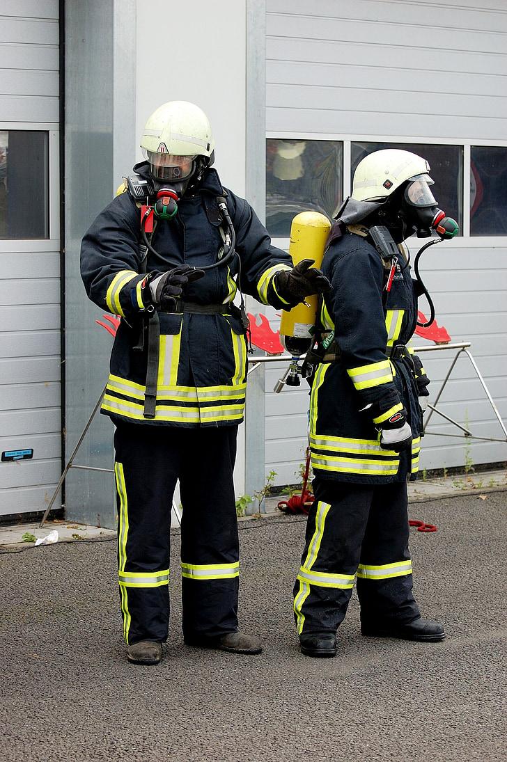 gaisro, ugniagesių, feuerloeschuebung, kvėpavimo aparatai, kvėpavimo takų apsauga