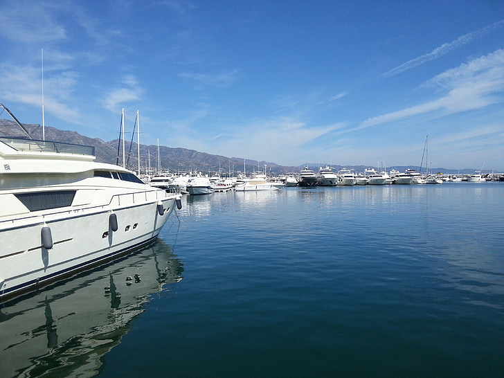 Yacht, havet, hamn, lyxiga