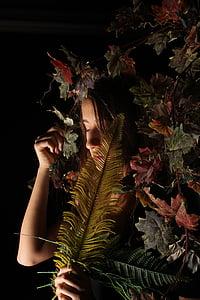 소녀, 어두운, 얼굴, 공장, 검정색 배경, 마리화나-초본 마리화나, 스튜디오 촬영