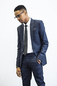 standing, suit, glasses, business, person, young, man
