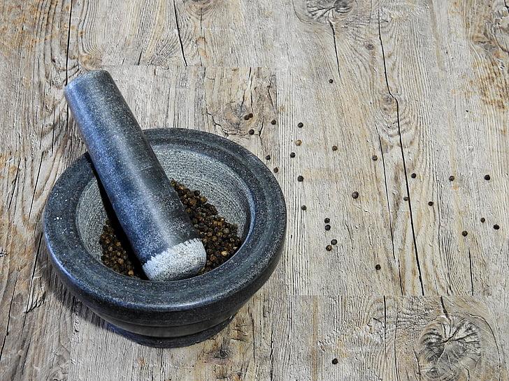 pipar, Spice, mördi, mAsHER, ettevalmistamine, puit - materjal, uhmrinuia abil