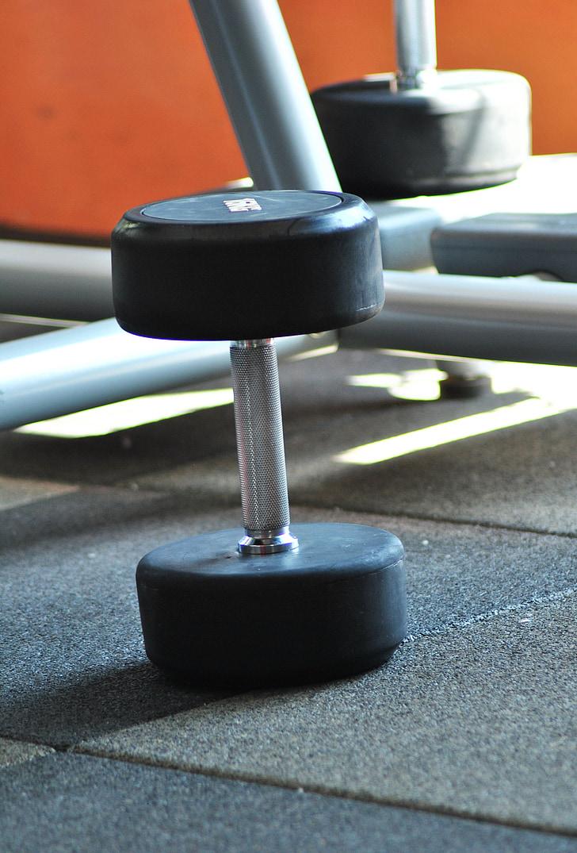 hantele, trenažieru zāle, svars, fitnesa, treniņa