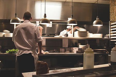 šefpavārs, pavārs, ēdiena gatavošanai, pavāri, pārtikas sagatavošanas, virtuves, līniju pavārs