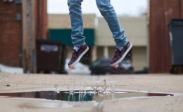 Tüdruk, hüpata, hüppas rõõmust, noor, vee, hüpped, Lapsepõlv