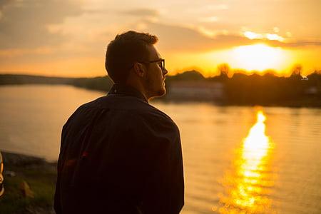 хлопець, Захід сонця, НД, Даля, вечір, море, Природа