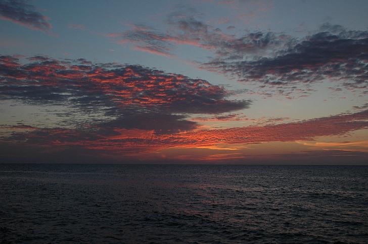 στη θάλασσα, ουρανός, σύννεφα, ηλιοβασίλεμα, Ειρηνικού