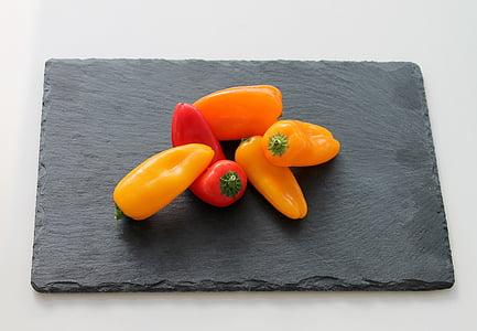 pipari, uzkodu, oranža, dzeltena, sarkana, pārtika, sarkanie pipari