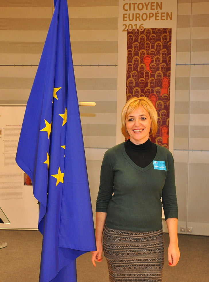 Brussel·les, Parlament Europeu, Bèlgica, somriure, senyora Europa, hongarès