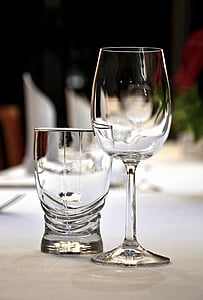 événement, l'adoption de, verres à vin, Arts de la table
