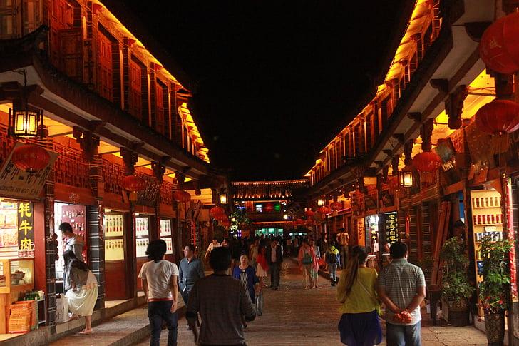 Lijiang, vista nocturna, vista de carrers