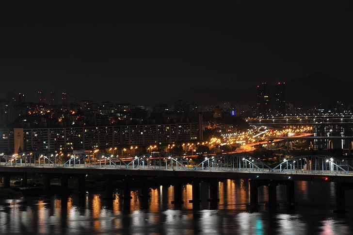 нічний погляд, рух міст, річка в Хан, Сеул, нічна декорація