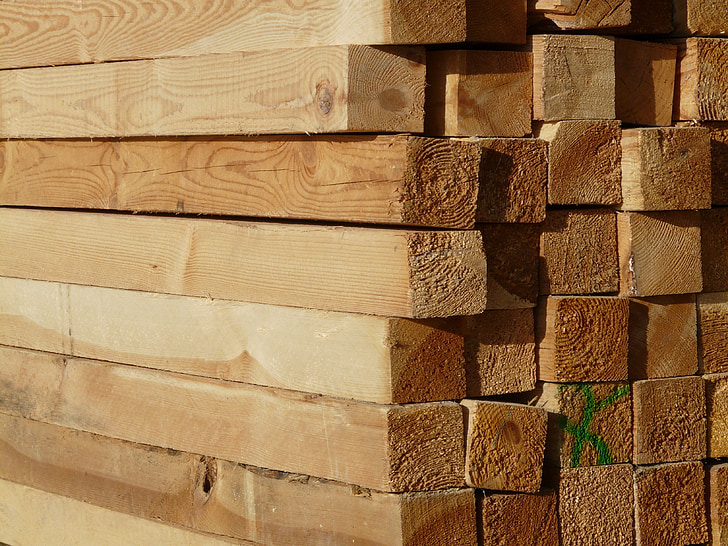 Baar, lõigatud, Saematerjal, lauad, puit, ladustamine, plaatide virnas