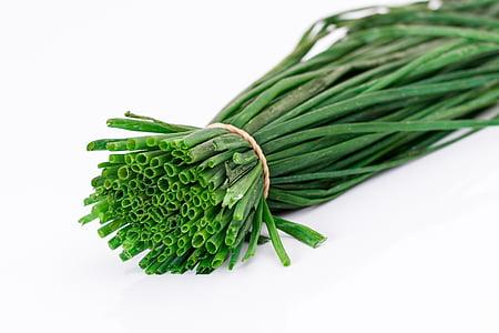 jarní cibulka, salaty, příchuti, zelená cibule, pažitka, pórek, koření