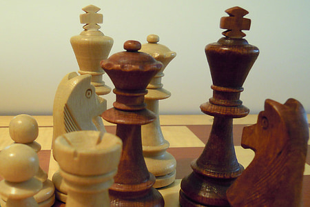 chess, chess pieces, king, lady, chess board, strategy game, strategy