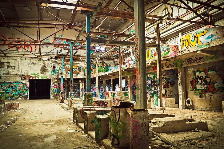 elhagyott, törött, épület, omladozó, piszkos, graffiti, Föld