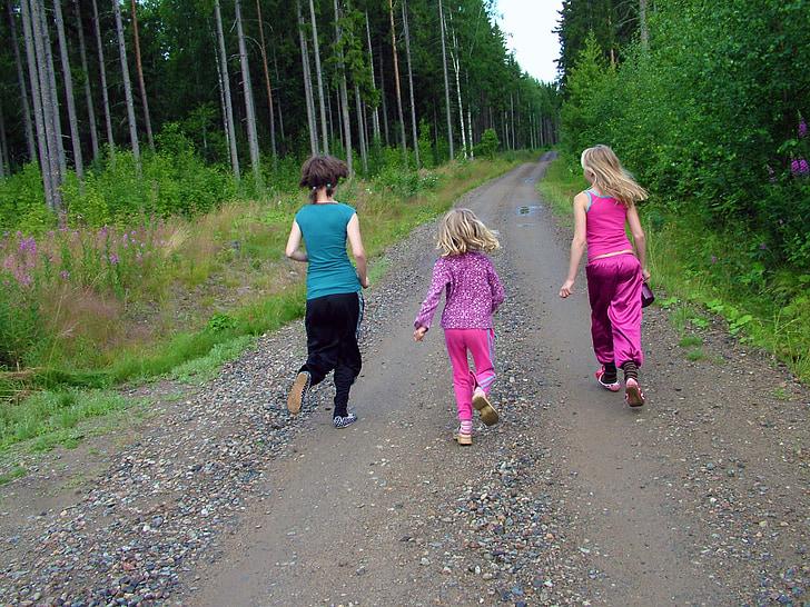 nens, executar, corrent, nenes, camí de terra, carretera, bosc