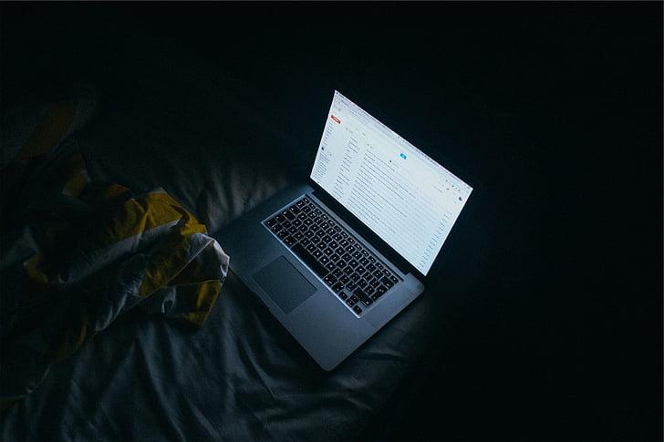 MacBook, sivá, textilné, Apple, laptop, Technológia, obrazovky