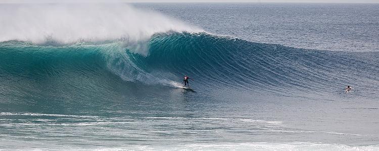 surf, grans onades, Ombak tuju Costa, java occidental, Indonèsia, repte, valentia