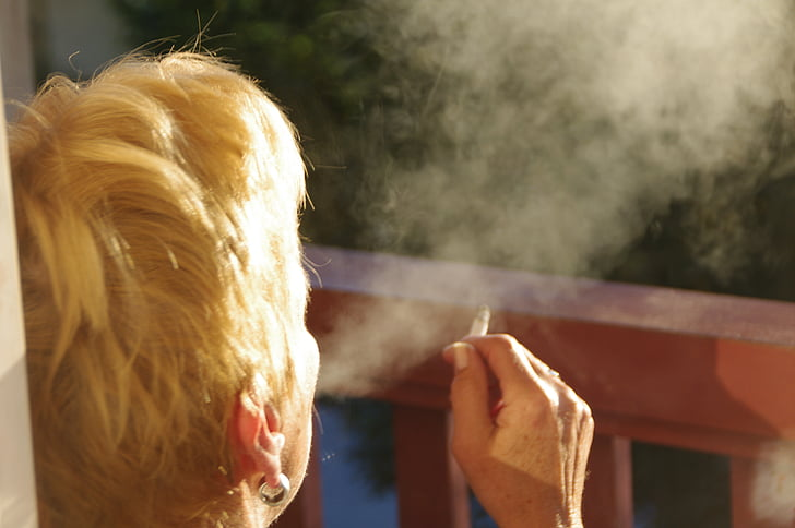 cigarret, humà, beneficiar-se de, fum