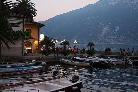 Garda, Riva del garda, sétány, Bank, tóparti, Olaszország, csónakok