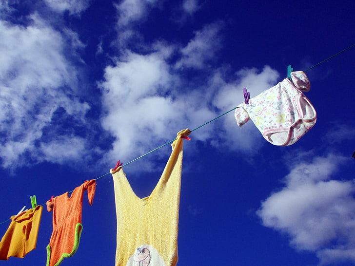 odjeću linije, Operite odjeću, praonica rublja, suha, osušite zrakom, beba, rođenje