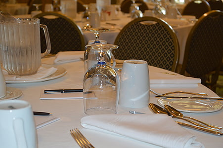 table, table setting, conference, meeting, corporate meeting, business meeting, conference room