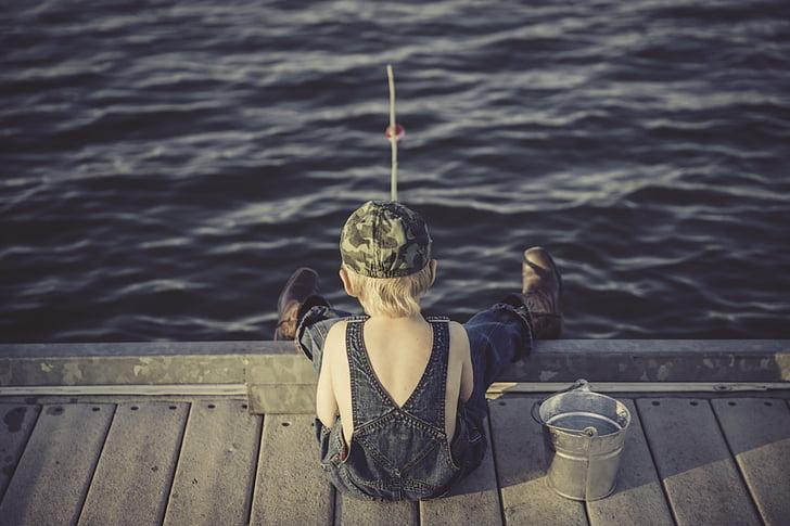 jongen, visserij, water, zomer, Amerikaanse overalls, emmer, buitenshuis