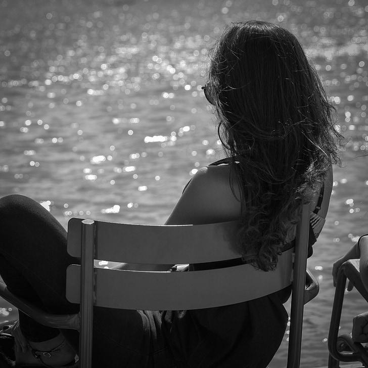 paris, jardin des tuileries, woman, young woman, sun, light, relax