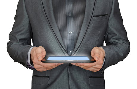 home, empresari, Tauleta tàctil, negoci en línia, pc de pastilla que brilla, treball en línia, empresari treballant