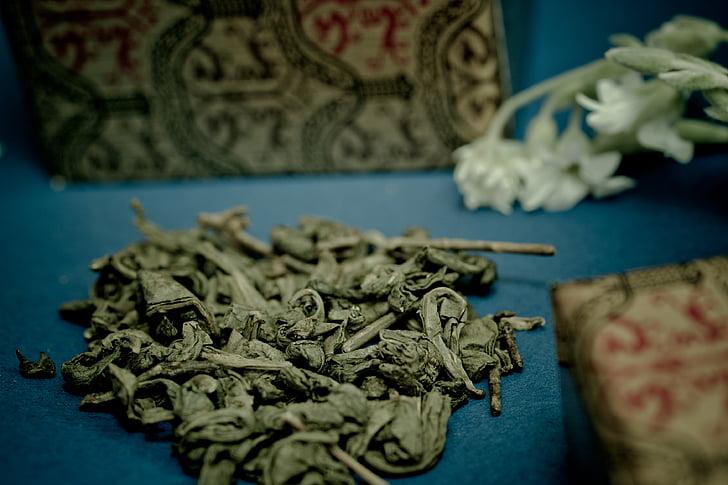 zelený čaj, Tee, Čína, čajové lístky, tradične