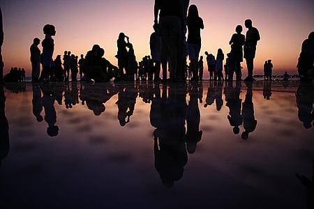 gemenskapen, folkmassan, personer, reflektioner, silhuetter, solnedgång, siluett