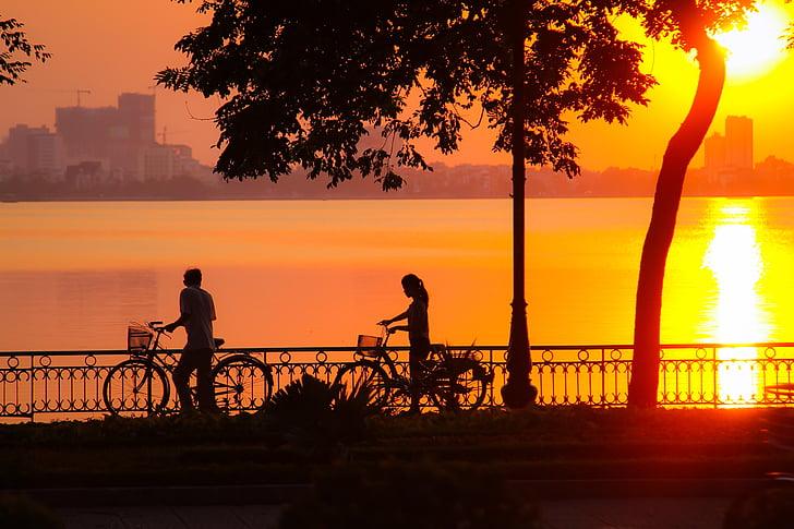 solnedgång, Västersjön, Hanoi, Vietnam, Utomhus, siluett, personer