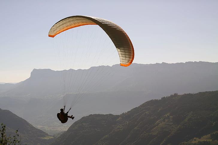 parapent, voltar, activitats esportives, esport, volar, vacances, l'estiu