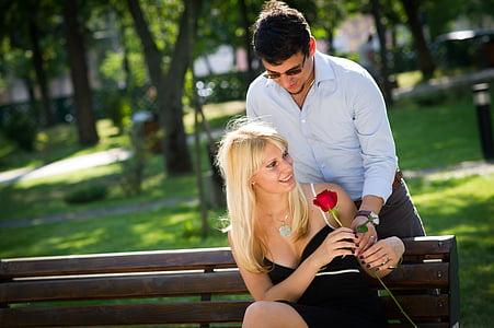 parella, Parella jove, l'amor, Romanç, romàntic, núvia, xicot