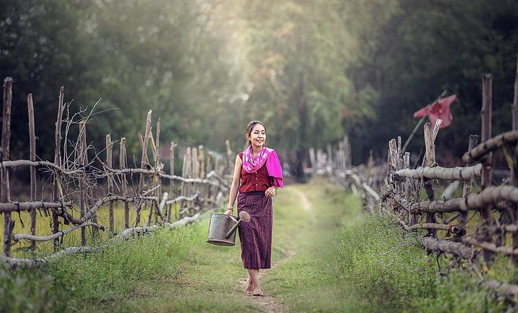 de riego, para la agricultura, sonriendo, en el país, Tailandia, al aire libre, Myanmar Birmania