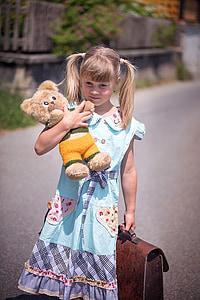 πρόσωπο, ανθρώπινη, το παιδί, Κορίτσι, schulweg, αρκουδάκι, αρκουδάκι