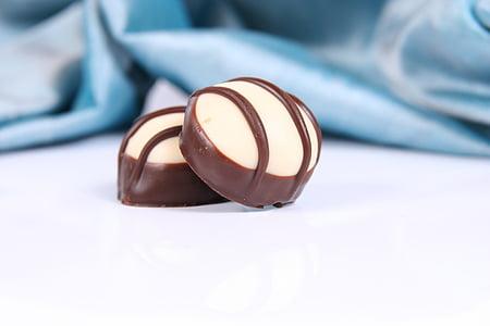 chocolates, chocolate, candy, nibble, chocolate praline, sweet, fine chocolates