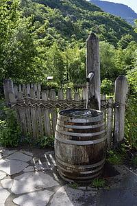Fontaine, tonneaux en bois, jardin, réservoir d'eau, décoration, conteneur, eau