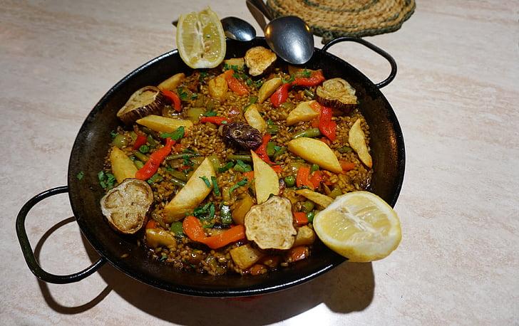 veganski paella, Španjolska, paella juha, povrće, riža, patlidžan, krumpir