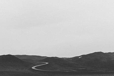 en blanc i negre, camí rural, turons, camí solitari, carretera