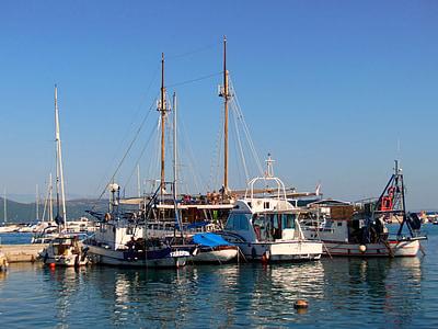 船, セーリング ボート, クルク島の島, クロアチア, クルク島の街, ポート, 水